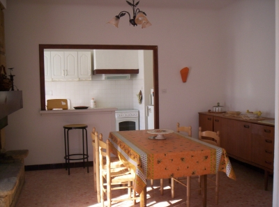 appartement locations de vacances Senas